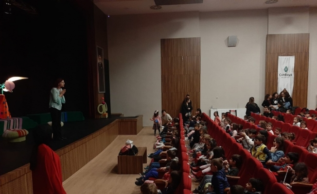 Belediye tiyatrosuna Ankara turnesinde ödül
