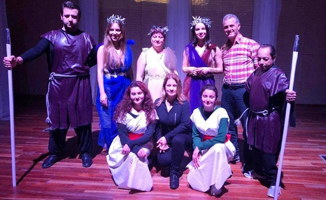 'Aşk Grevi', AÜ Tiyatro Akademide