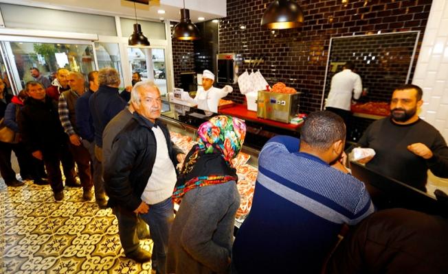 Manavgat Toros Et'te 6 günde 3 ton et satıldı