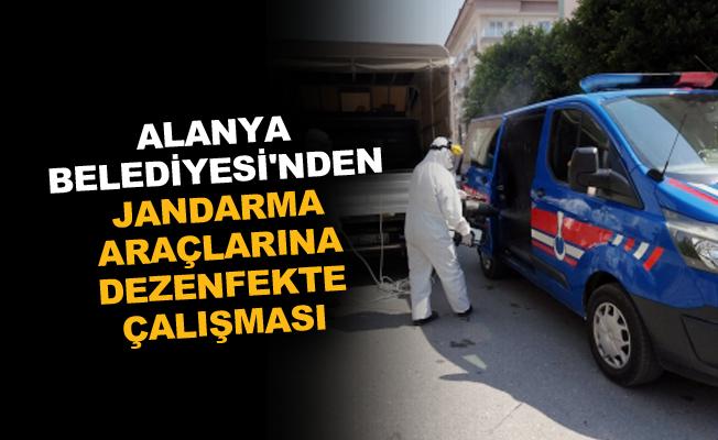 Alanya Belediyesi'nden jandarma araçlarına dezenfekte çalışması