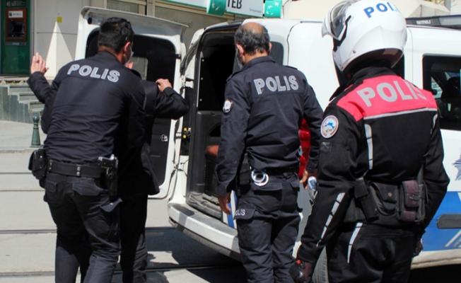 Antalya'da yasağı ihlal eden 100 kişiye 205 bin 263 TL ceza