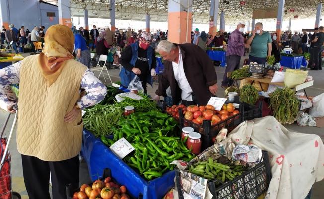 'Üretici Köylü Pazarı' yoğun ilgi görüyor