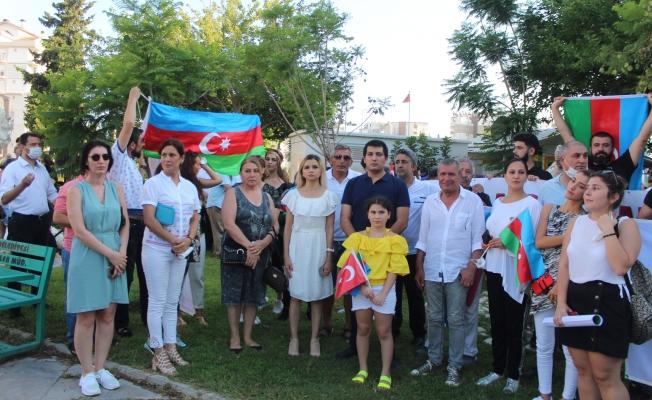 Azerbaycanlılar, Ermenistan saldırılarını protesto etti