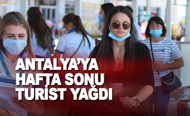Hafta sonu hava yoluyla 72 bin 479 turist geldi