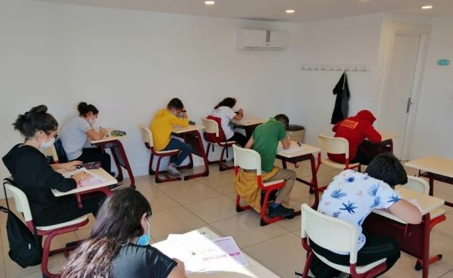 ETÜT merkezinde ilk sınav