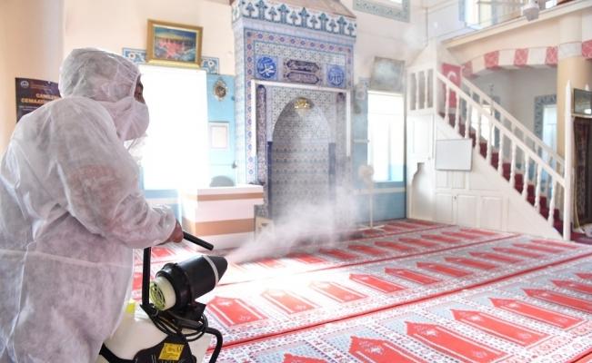 Konyaaltı'nda dezenfekte çalışmaları sürüyor
