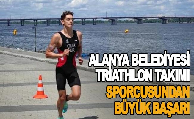 Alanya Belediyesi Triathlon takımı sporcusundan büyük başarı
