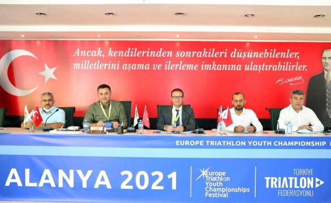 30. Alanya Trıathlon'una 41 ülkeden bin sporcunun katılması bekleniyor
