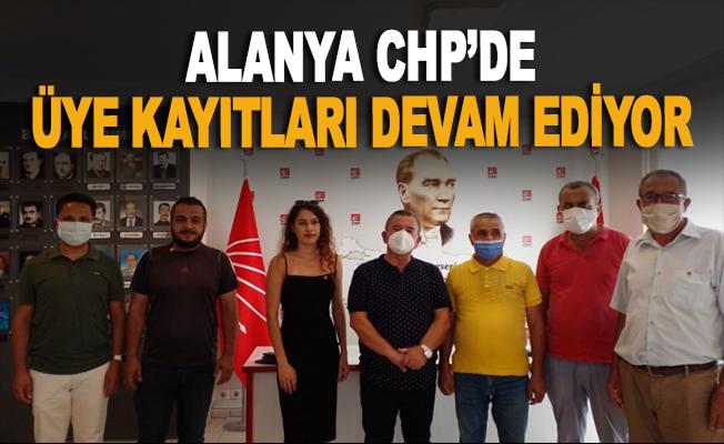 Alanya CHP'de yeni üye kayıtları devam ediyor