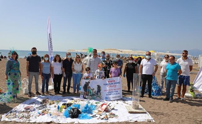 Dünya Temizlik Günü'nde kıyı temizliği