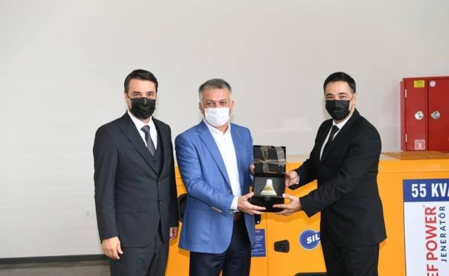 """Vali Ersin Yazıcı: """"Yenilikçi çalışmalarla yerli ve milli sanayimizi geliştiriyoruz"""""""