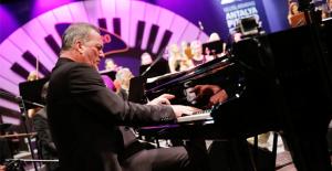 Caz ve Senfoni Piyano Festivali'nde buluştu