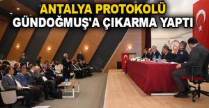 Antalya protokolü Gündoğmuş'a çıkarma yaptı