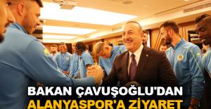 Bakan Çavuşoğlu'dan Alanyaspor'a ziyaret