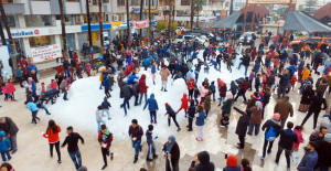Belediyenin 'Kar' anonsuyla çocuklar meydana akın etti