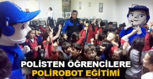 Polisten öğrencilere Polirobot eğitimi
