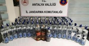 Alkollü içecek çalan hırsızlara suçüstü