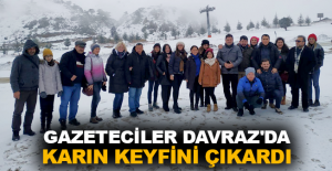 Gazeteciler Davraz'da karın keyfini çıkardı