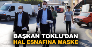 Başkan Toklu'dan hal esnafına maske
