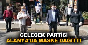 Gelecek Partisi Alanya'da maske dağıttı