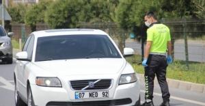 Alanya'da yasağa uymayanlara ceza kesildi