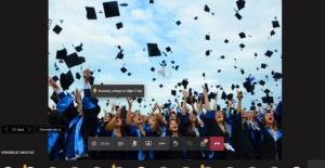 AÜ Hemşirelik Fakültesi öğrencilerine online mezuniyet töreni