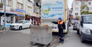 Çöp konteynerleri dezenfekte edildi
