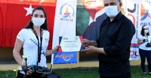 Türkiye'nin ilk kadın drone yarışçısı Antalya'dan