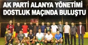 AK Parti Alanya yönetimi dostluk maçında...