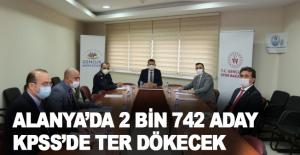 Alanya'da 2 bin 742 aday KPSS'de ter dökecek