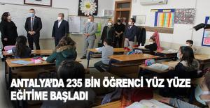 Antalya'da 235 bin öğrenci yüz yüze...