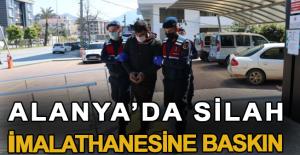 Alanya'da silah imalathanesine baskın