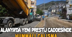 Alanya'da yeni Prestij Caddesinde hummalı çalışma