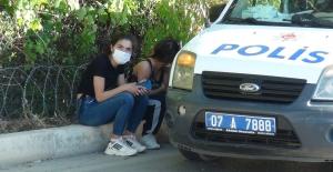 Kısıtlamada polisten kaçarken kaza yaptılar