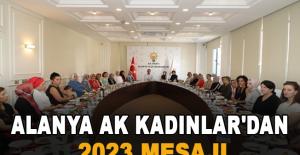 Alanya Ak Kadınlar'dan 2023 mesajı