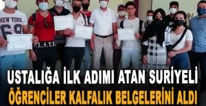 Ustalığa ilk adımı atan Suriyeli öğrenciler kalfalık belgelerini aldı
