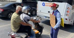 Alanya'da Azeri öğrenciden aşı olun çağrısı