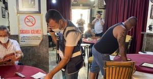 Alanya'da polis okul çevrelerinde sıkı denetim yaptı